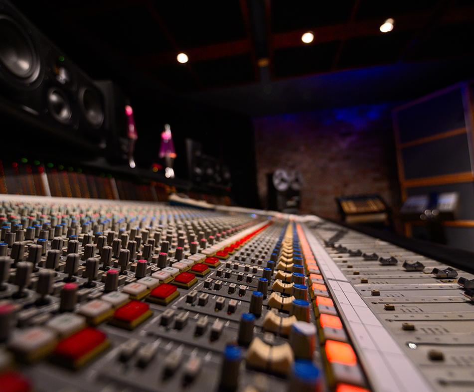 Audio Engineering Level 2 - Studio Training